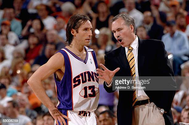 Head Coach Mike D'Antoni and Steve Nash of the Phoenix Suns talk in Game two of the Western Conference Finals with the San Antonio Spurs during the...