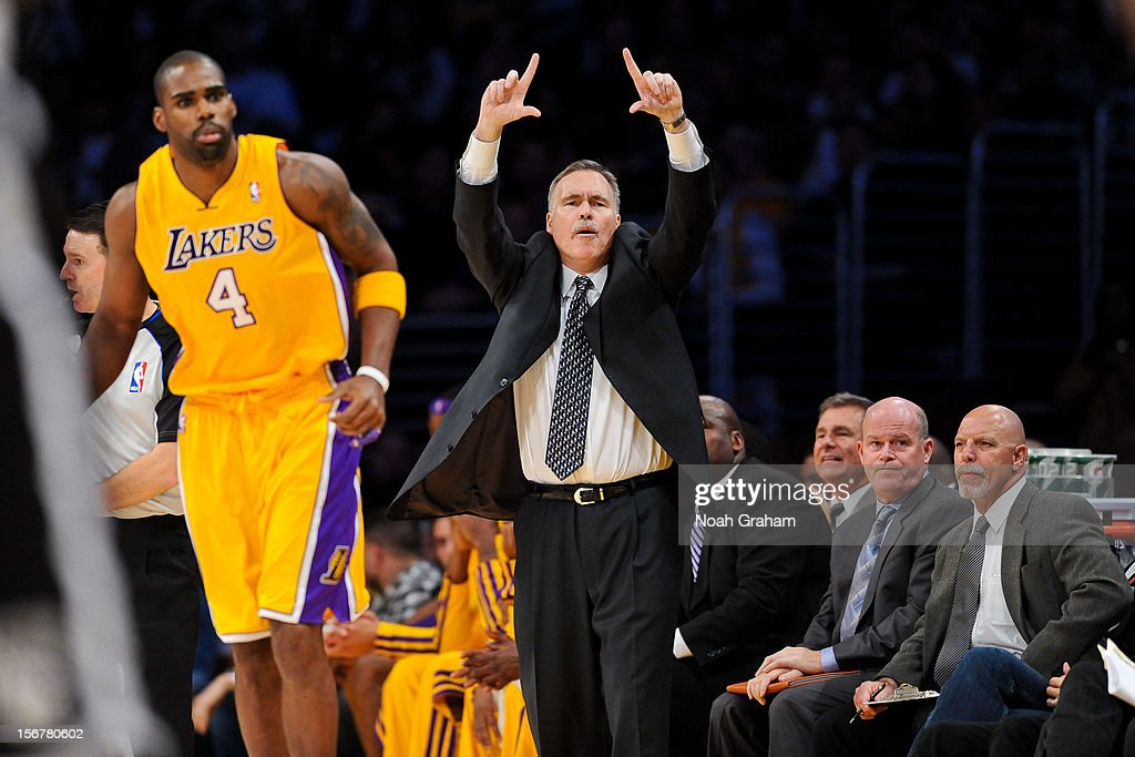 Head coach <a gi-track='captionPersonalityLinkClicked' href=/galleries/search?phrase=Mike+D%27Antoni&family=editorial&specificpeople=203175 ng-click='$event.stopPropagation()'>Mike D'Antoni</a> of the Los Angeles Lakers calls out a play against the Brooklyn Nets at Staples Center on November 20, 2012 in Los Angeles, California.