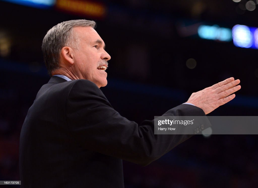 Head Coach Mike D'Antoni of the Los Angeles Lakers instructs play from courtside during the game against the Minnesota Timberwolves at Staples Center on February 28, 2013 in Los Angeles, California.