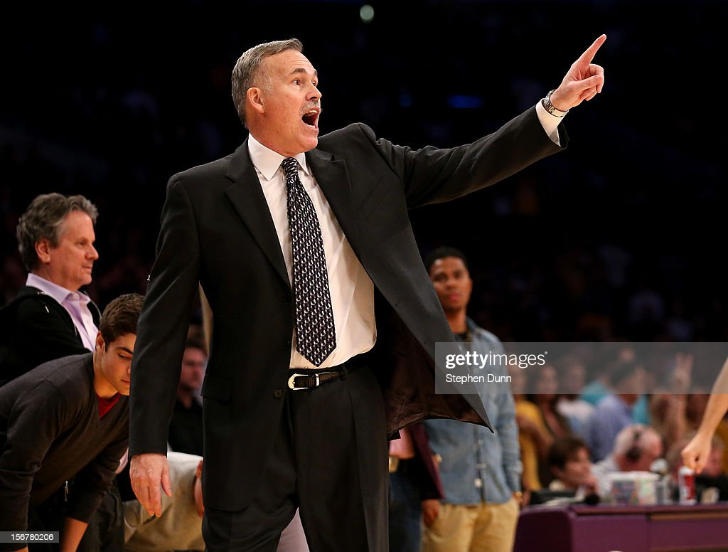 Head coach Mike D'Antoni of the Los Angeles Lakers shouts instructions in the final minutes of the game against the Brooklyn Nets at Staples Center on November 20, 2012 in Los Angeles, California. The Lakers won 95-90.