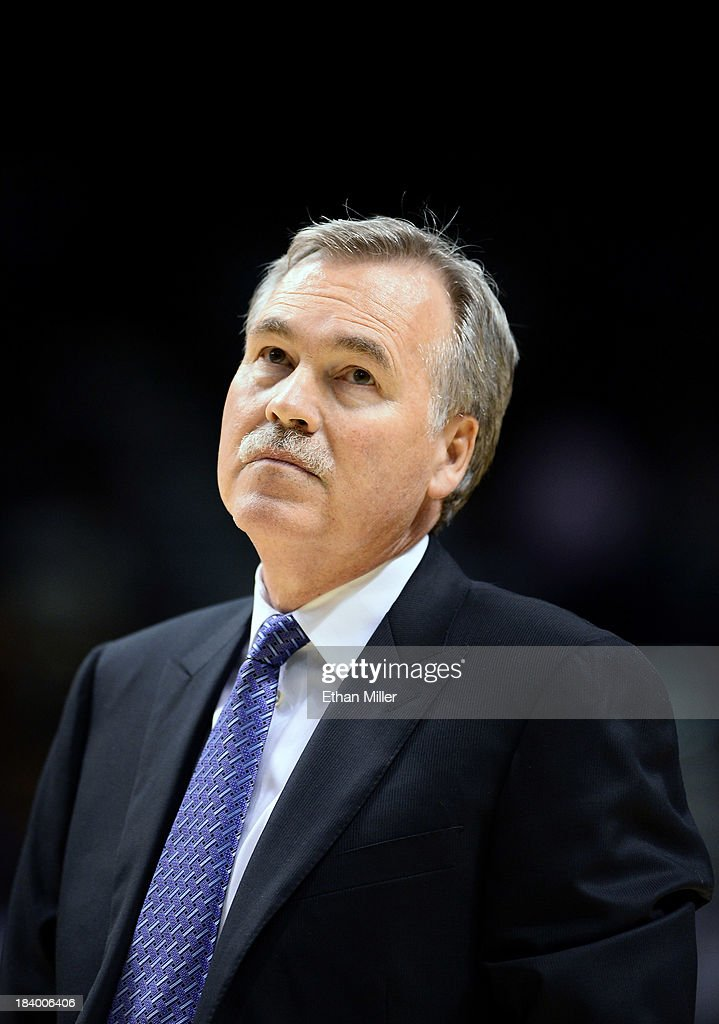 Head coach <a gi-track='captionPersonalityLinkClicked' href=/galleries/search?phrase=Mike+D%27Antoni&family=editorial&specificpeople=203175 ng-click='$event.stopPropagation()'>Mike D'Antoni</a> of the Los Angeles Lakers watches his team take on the Sacramento Kings during their preseason game at the MGM Grand Garden Arena on October 10, 2013 in Las Vegas, Nevada. Sacramento won 104-86.