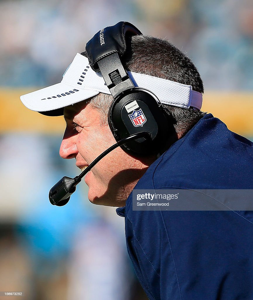 Head coach Mike Munchak of the Tennessee Titans watches the action during the game against the Jacksonville Jaguars at EverBank Field on November 25, 2012 in Jacksonville, Florida.