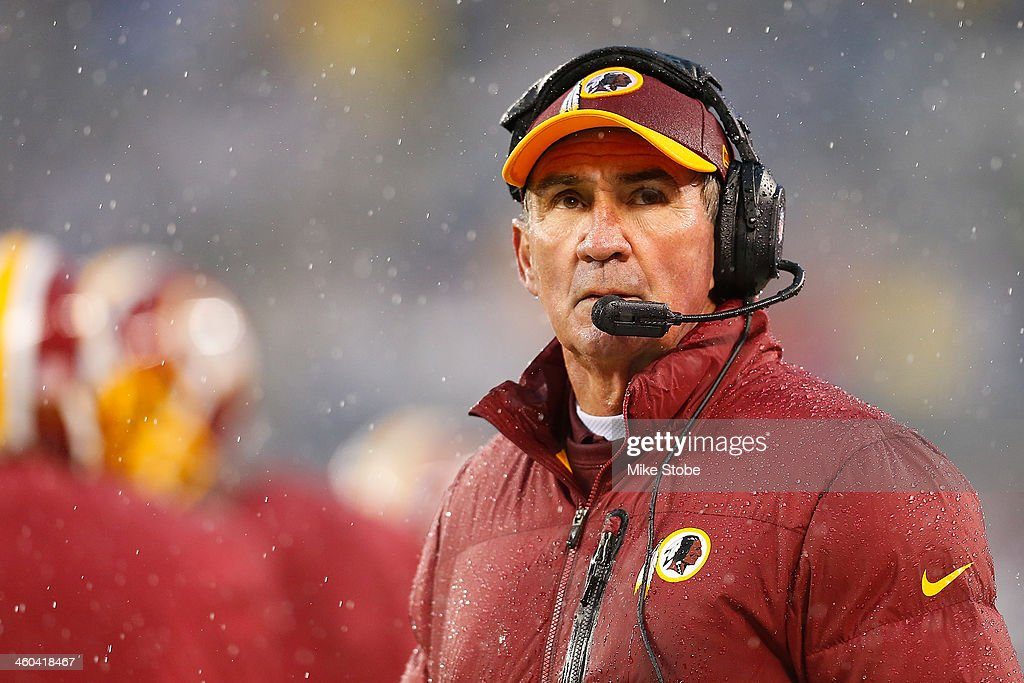 head coach <a gi-track='captionPersonalityLinkClicked' href=/galleries/search?phrase=Mike+Shanahan&family=editorial&specificpeople=213113 ng-click='$event.stopPropagation()'>Mike Shanahan</a> of the Washington Redskins looks on from the sidelines during the game against the New York Giants at MetLife Stadium on December 29, 2013 in East Rutherford, New Jersey. Giants defeated the Redskins 20-6.
