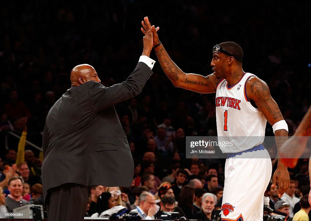 Head coach Mike Woodson and Amar'e Stoudemire #1 of the New York Knicks in action against the Atlanta Hawks at Madison Square Garden on January 27, 2013 in New York City. The Knicks defeated the Hawks 106-104.