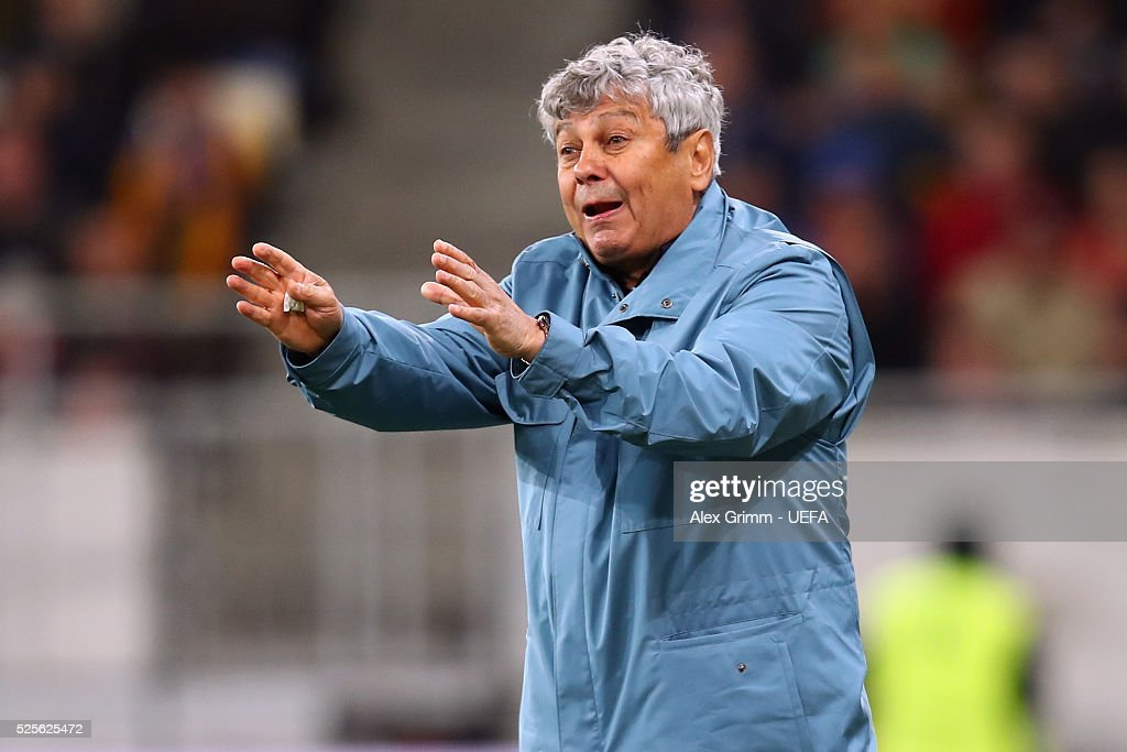 Head coach <a gi-track='captionPersonalityLinkClicked' href=/galleries/search?phrase=Mircea+Lucescu&family=editorial&specificpeople=5511022 ng-click='$event.stopPropagation()'>Mircea Lucescu</a> of Shakhtar reacts during the UEFA Europa League Semi Final first leg match between Shakhtar Donetsk and Sevilla at Arena Lviv on April 28, 2016 in Lviv, Ukraine.