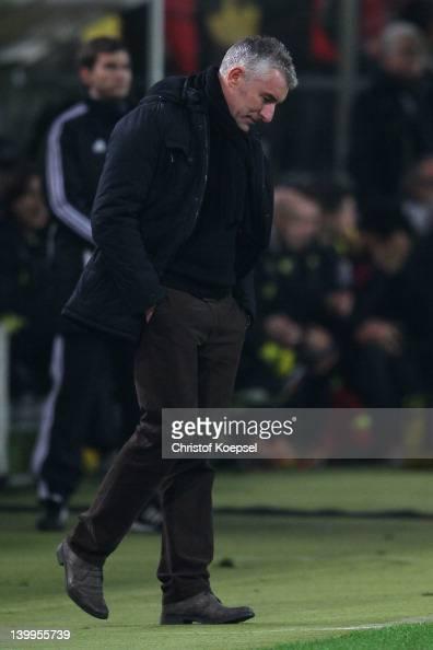 Head coach Mirko Slomka of Hannover looks dejected during the Bundesliga match between Borussia Dortmund and Hannover 96 at Signal Iduna Park on...