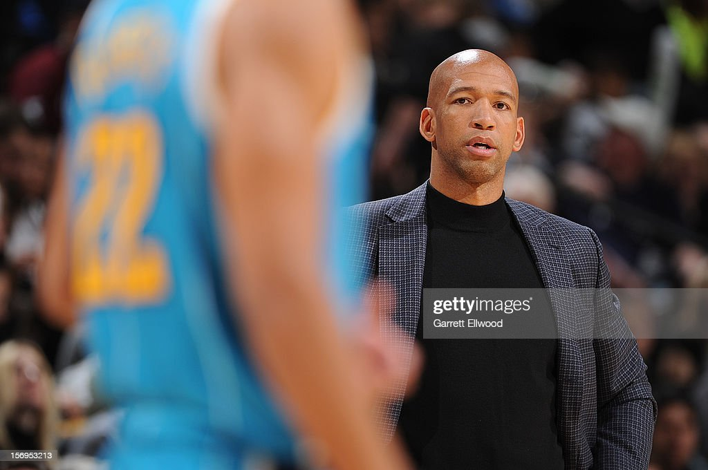Head Coach <a gi-track='captionPersonalityLinkClicked' href=/galleries/search?phrase=Monty+Williams&family=editorial&specificpeople=220489 ng-click='$event.stopPropagation()'>Monty Williams</a> of the New Orleans Hornets looks on during the game between the New Orleans Hornets and the Denver Nuggets on November 25, 2012 at the Pepsi Center in Denver, Colorado.