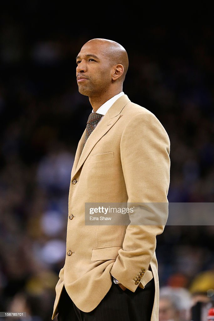 Head coach <a gi-track='captionPersonalityLinkClicked' href=/galleries/search?phrase=Monty+Williams&family=editorial&specificpeople=220489 ng-click='$event.stopPropagation()'>Monty Williams</a> of the New Orleans Hornets stands on the sidelines during their game against the Golden State Warriors at Oracle Arena on December 18, 2012 in Oakland, California.