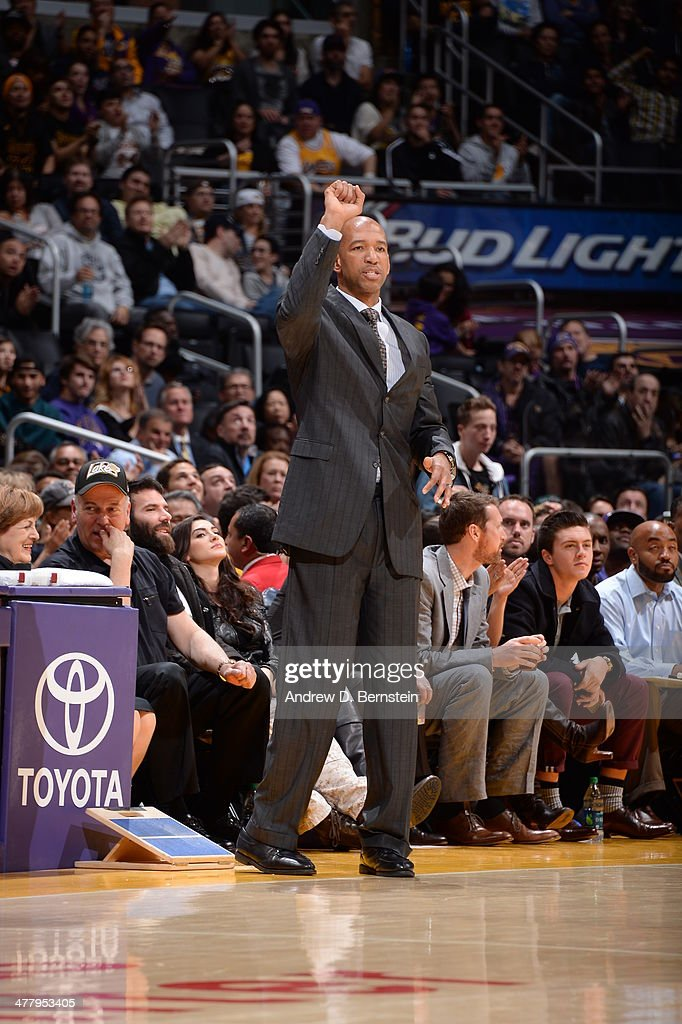 Head Coach <a gi-track='captionPersonalityLinkClicked' href=/galleries/search?phrase=Monty+Williams&family=editorial&specificpeople=220489 ng-click='$event.stopPropagation()'>Monty Williams</a> of the New Orleans Pelicans during a game against the Los Angeles Lakers at Staples Center on March 4, 2014 in Los Angeles, California.