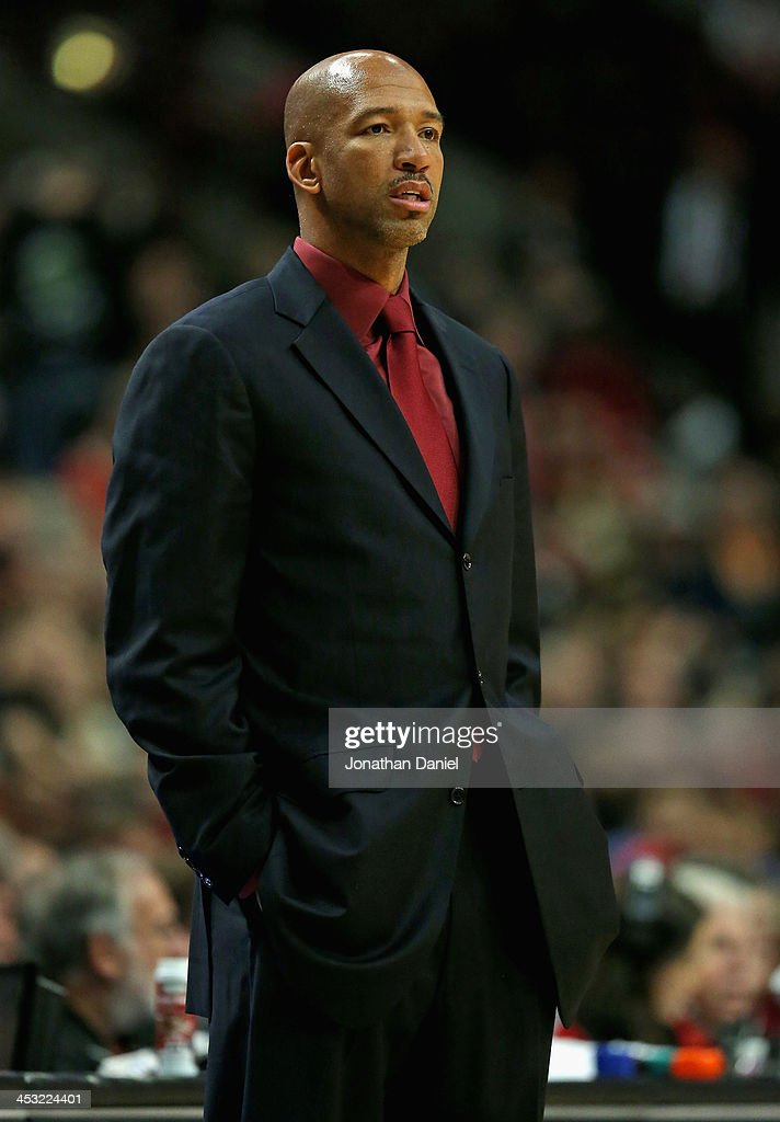 Head coach Monty Williams of the New Orleans Pelicans watches as his team takes on the Chicago Bulls at the United Center on December 2 2013 in...