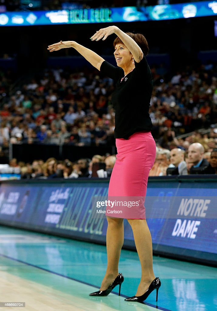 Head coach Muffet McGraw of the Notre Dame Fighting Irish ...