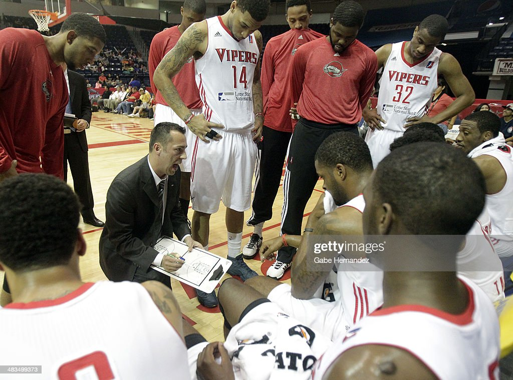 Head coach Nevada Smith of the Rio Grande Valley Vipers talks to his players during a timeout against the Iowa Energy on April 8, 2014 during game one first round of the 2014 NBA-Development League playoffs at the State Farm Arena in Hidalgo, Texas.