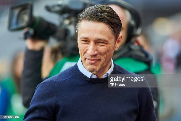 Head coach Niko Kovac of Frankfurt looks on during the Bundesliga match between Bayern Muenchen and Eintracht Frankfurt at Allianz Arena on March 11...
