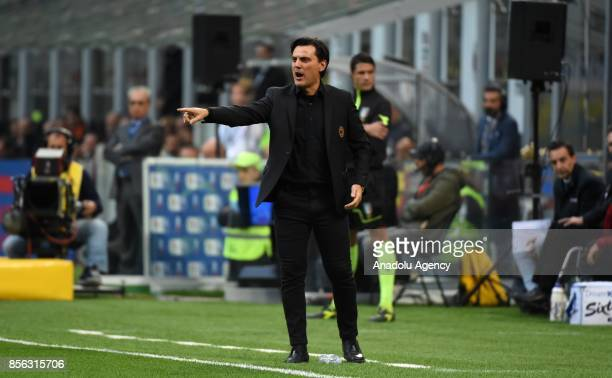 Head Coach of AC Milan Vincenzo Montella gestures during the Serie A 2017/18 match between AC Milan and AS Roma at Stadio Giuseppe Meazza on October...
