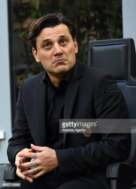 Head Coach of AC Milan Vincenzo Montella looks during the Serie A 2017/18 match between AC Milan and AS Roma at Stadio Giuseppe Meazza on October 1...