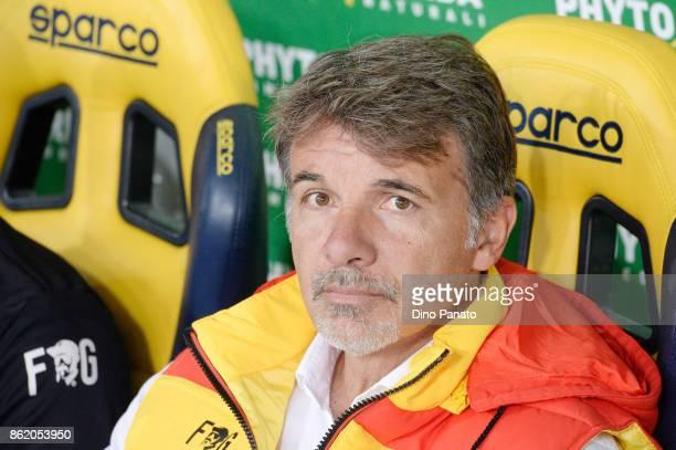 Head coach of Benevento Calcio Marco Baroni looks on during the Serie A match between Hellas Verona FC and Benevento Calcio at Stadio Marc'Antonio...
