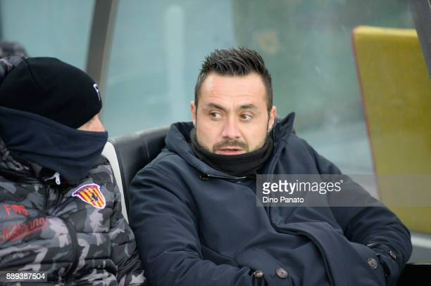 Head coach of Benevento Roberto De Zerbi looks on during the Serie A match between Udinese Calcio and Benevento Calcio at Stadio Friuli on December...