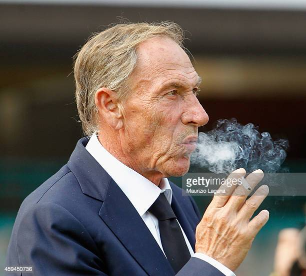Head coach of Cagliari Zdenek Zeman during the Serie A match between SSC Napoli and Cagliari Calcio at Stadio San Paolo on November 23 2014 in Naples...