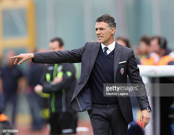 Head coach of Catania Maurizio Pellegrino gestures during the Serie A match between Calcio Catania and Atalanta BC at Stadio Angelo Massimino on May...