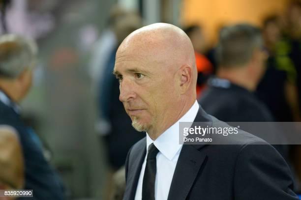 Head coach of ChievoVerona Rolando Maran looks on during the Serie A match between Udinese Calcio and AC Chievo Verona at Friuli Stadium on August 20...