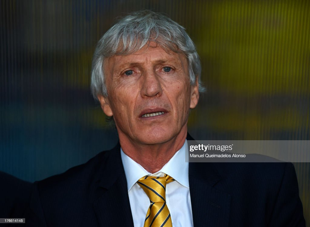 Head coach of Colombia Jose Nestor Pekerman looks on prior to the start the International Friendly match between Colombia and Serbia at the Mini Estadi Stadium on August 14, 2013 in Barcelona, Spain.