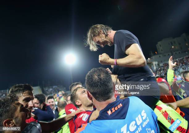 Head coach of Crotone Davide Nicola celebrates after the Serie A match between FC Crotone and SS Lazio at Stadio Comunale Ezio Scida on May 28 2017...