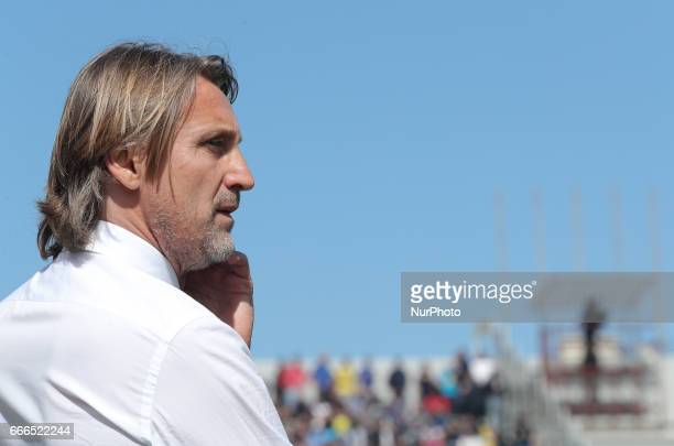 Head coach of Crotone Davide Nicola during the Serie A match between FC Crotone and FC Internazionale at Stadio Comunale Ezio Scida on April 9 2017...