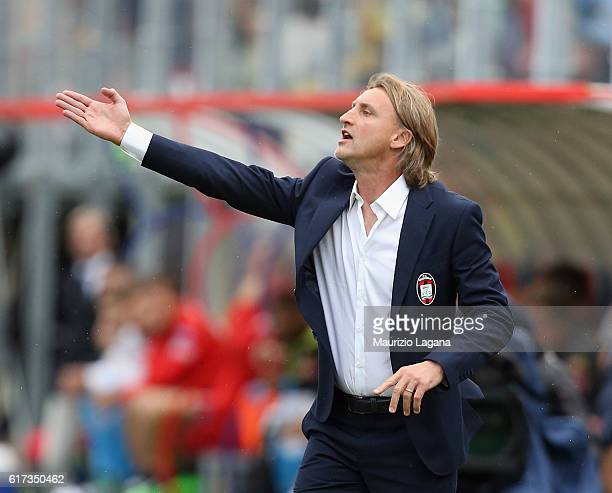 Head coach of Crotone Davide Nicola gestures during the Serie A match between FC Crotone and SSC Napoli at Stadio Comunale Ezio Scida on October 23...