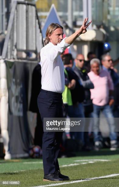 Head coach of Crotone Davide Nicola gestures during the Serie A match between FC Crotone and ACF Fiorentina at Stadio Comunale Ezio Scida on March 19...