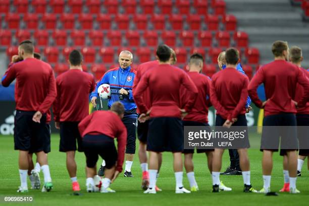 Head coach of Czech Republic Vitezslav Lavicka looks on during a training session at Tychy Stadium on June 17 2017 in Tychy Poland