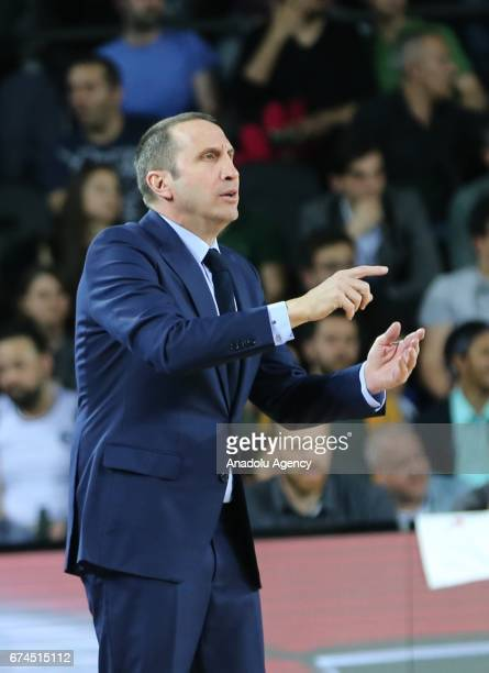 Head Coach of Darussafaka Dogus David Blatt gestures during the Turkish Airlines EuroLeague Playoffs Game 4 between Darussafaka Dogus and Real Madrid...