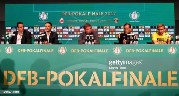 Head coach of Eintracht Frankfurt Niko Kovac team captain of Eintracht Frankfurt Alexander Meier DFB press officer Jens Grittner head coach of...