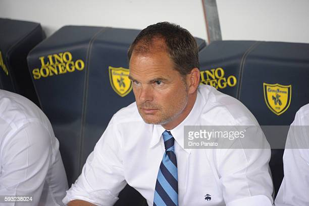 Head coach of FC Internazionale Frank de Boer looks on during the Serie A match between AC ChievoVerona and FC Internazionale at Stadio Marcantonio...