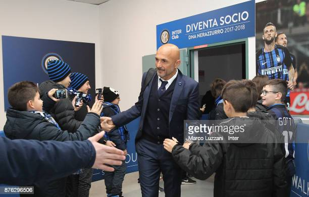 Head coach of FC Internazionale Luciano Spalletti arrives prior to the Serie A match between FC Internazionale and Atalanta BC at Stadio Giuseppe...
