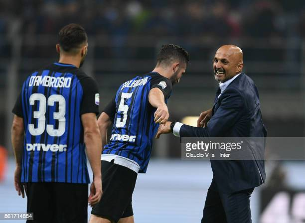 Head coach of FC Internazionale Luciano Spalletti celebrate the win at the end of the Serie A match between FC Internazionale and AC Milan at Stadio...