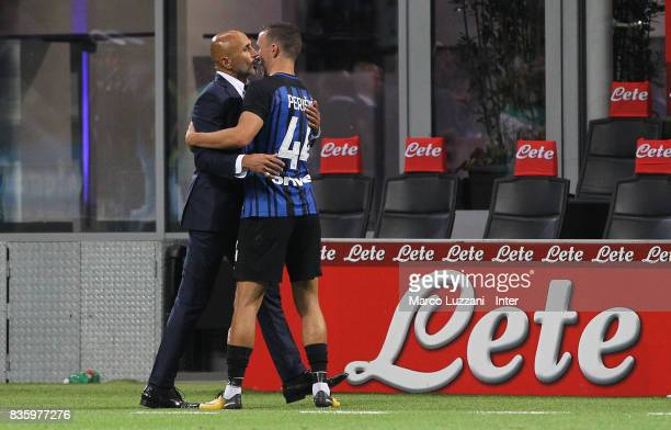 Head coach of FC Internazionale Luciano Spalletti embraces Ivan Perisic of FC Internazionale at the end the Serie A match between FC Internazionale...