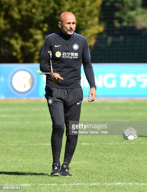 Head Coach of FC Internazionale Luciano Spalletti looks during a FC Internazionale Training Session at Appiano Gentile on October 6 2017 in Como Italy