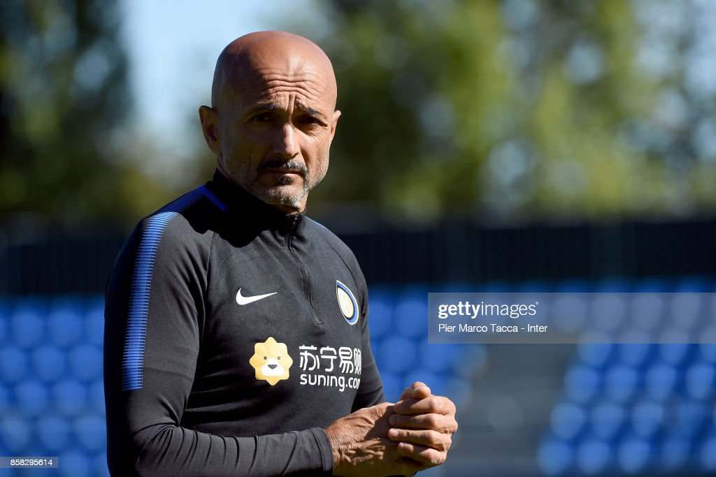 Head Coach of FC Internazionale Luciano Spalletti looks on during a FC Internazionale Training Session at Appiano Gentile on October 6, 2017 in Como, Italy.
