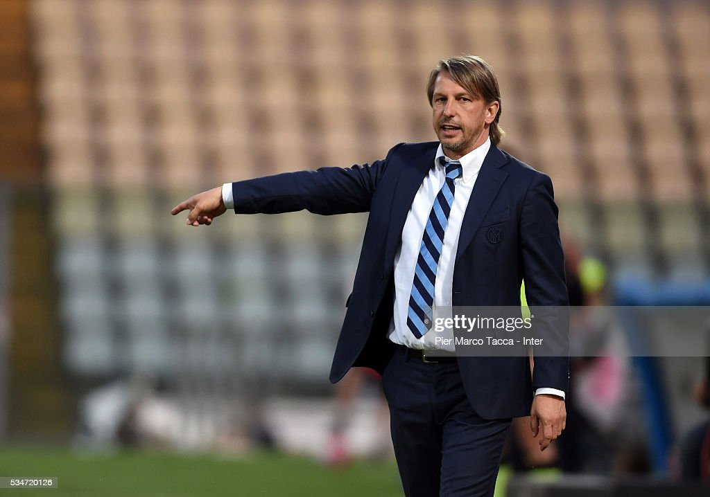 Head Coach of FC Internazionale Stefano Vecchi looks during the juvenile playoff match between FC Internazionale and US Citta di Palermo on May 27, 2016 in Modena, Italy.