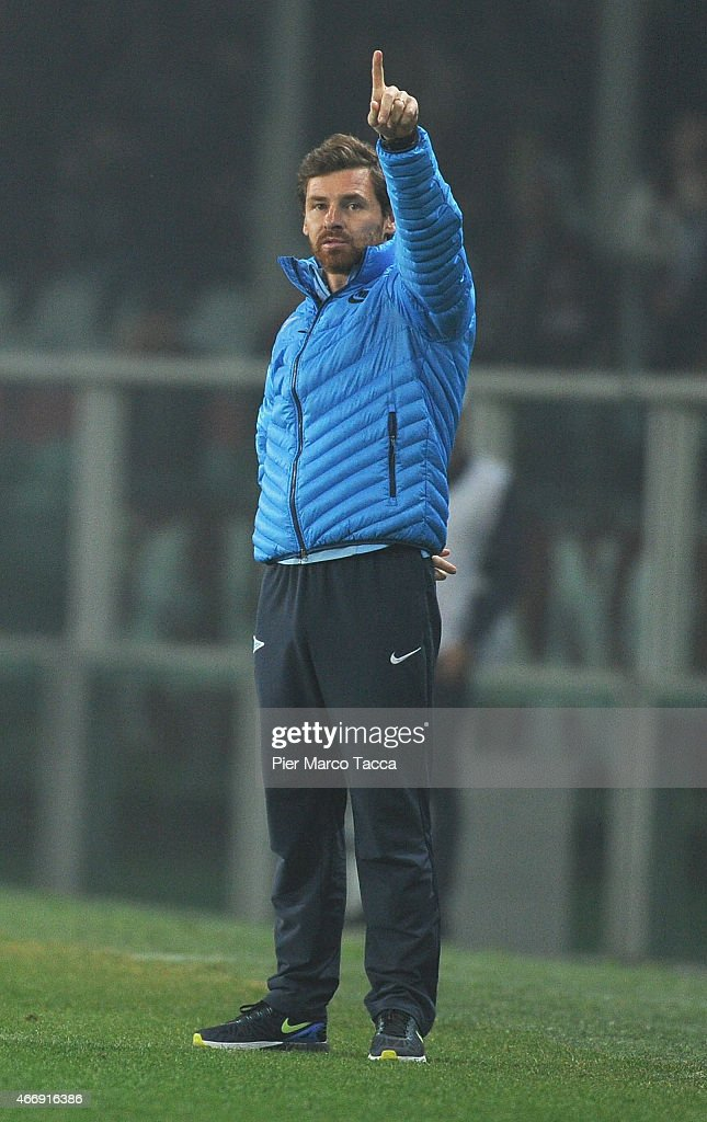 Head Coach of FC Zenit Andre VillasBoas gesticules during the UEFA Europa League Round of 16 match between Torino FC and FC Zenit on March 19 2015 in...