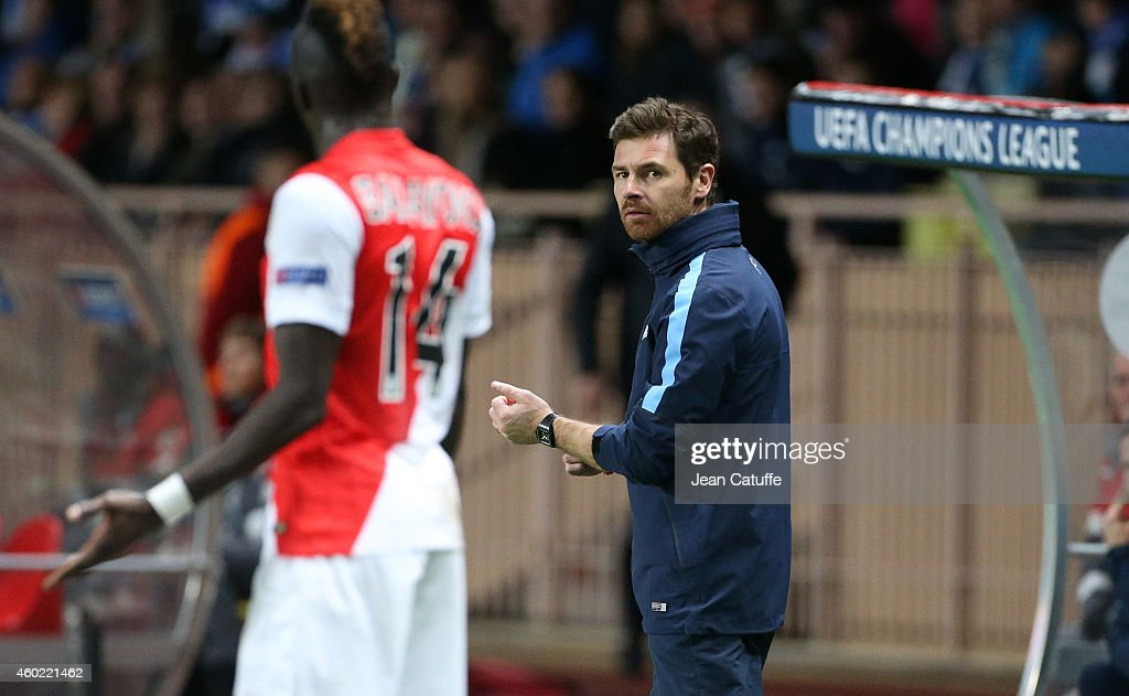 Head coach of FC Zenit Andre VillasBoas looks on during the UEFA Champions League Group C match between AS Monaco FC and FC Zenit SaintPetersburg at...
