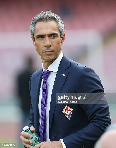 Head coach of Fiorentina Paulo Sousa during the Serie A match between SSC Napoli and ACF Fiorentina at Stadio San Paolo on October 18 2015 in Naples...