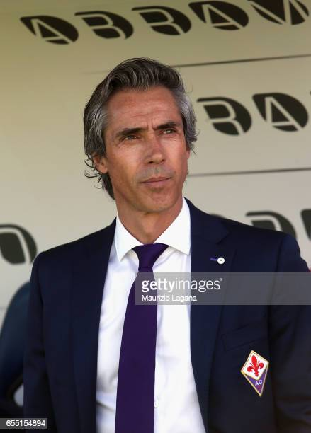 Head coach of Fiorentina Paulo Sousa during the Serie A match between FC Crotone and ACF Fiorentina at Stadio Comunale Ezio Scida on March 19 2017 in...