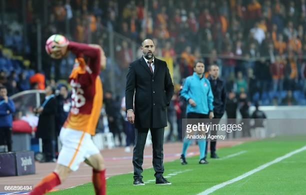 Head Coach of Galatasaray Igor Tudor gestures during the Turkish Spor Toto Super Lig football match between Medipol Basaksehir and Galatasaray at...