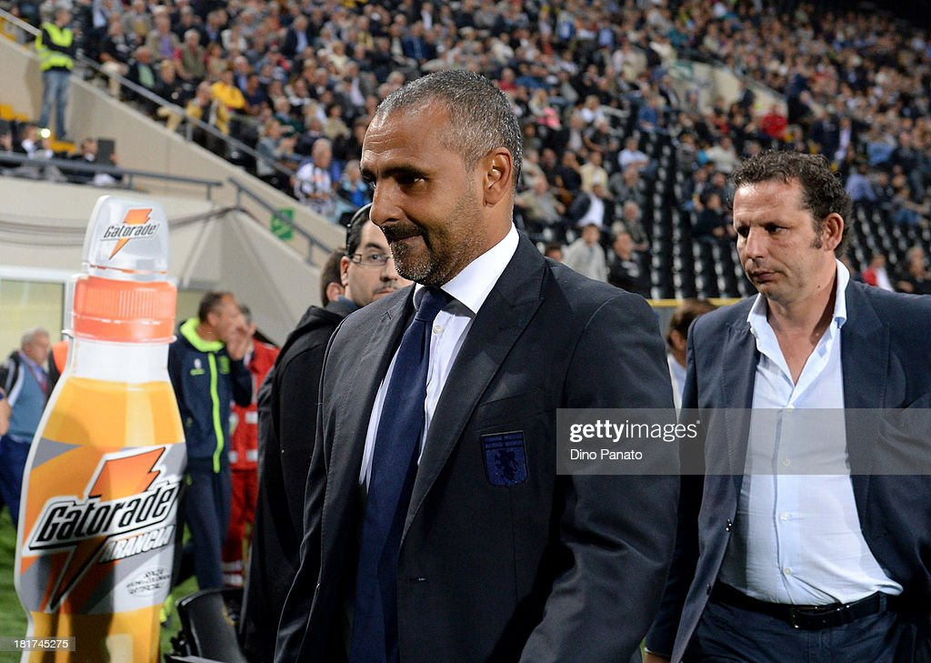 Head coach of Genoa CFC <a gi-track='captionPersonalityLinkClicked' href=/galleries/search?phrase=Fabio+Liverani&family=editorial&specificpeople=686043 ng-click='$event.stopPropagation()'>Fabio Liverani</a> looks on during the Serie A match between Udinese Calcio and Genoa CFC at Stadio Friuli on September 24, 2013 in Udine, Italy.