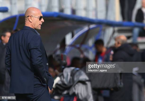 Head coach of Genoa Davide Ballardini looks on during the Serie A match between FC Crotone and Genoa CFC at Stadio Comunale Ezio Scida on November 19...