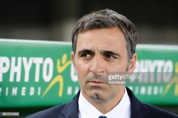Head coach of Hellas Verona FC Fabio Pecchia looks on during the Serie A match between Hellas Verona FC and Benevento Calcio at Stadio Marc'Antonio...