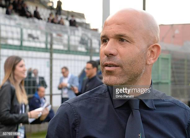 Head coach of Italy U21 Luigi Di Biagio looks on during the International Friendly match between Italy U21 and France U21 at Stadio Pierluigi Penzo...