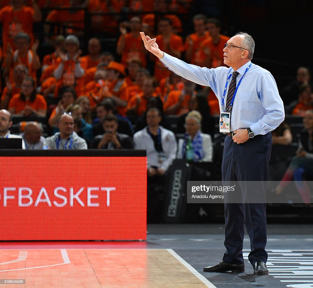 Head coach of Le Mans Erman Kunter gestures during the Basketball men's National Cup Final match between ASVEL and Le Mans at Hotel Accor Arena Bercy on May 1, 2016 in Paris, France.