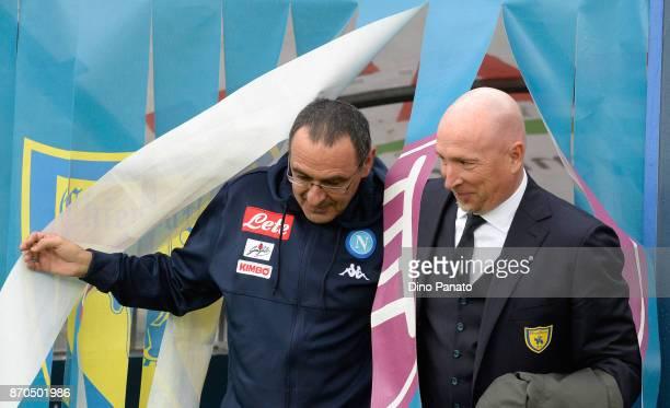 Head coach of Napoli Maurizio Sarri and Head coach of Chievo Verona Rolando Maran before the Serie A match between AC Chievo Verona and SSC Napoli at...